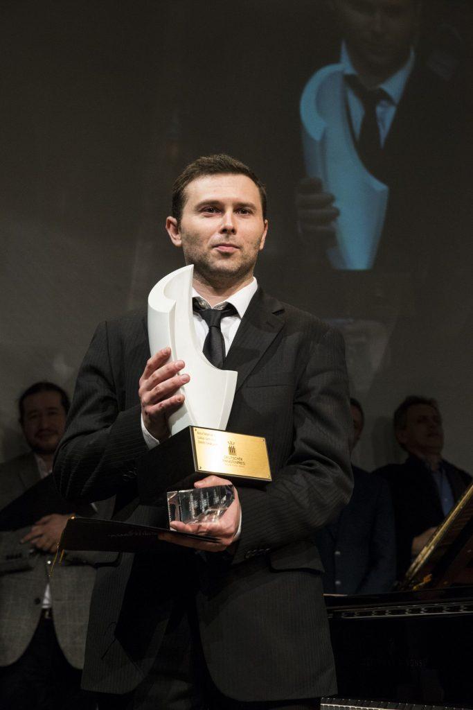 Misha-Namirovsky-Laureate